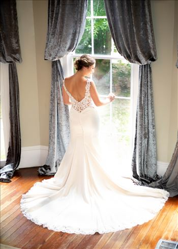 Ruby Bridals Bellevue Manor - What a pleasure it was to photograph this beautiful bride to be, Ruby, at the oldest house in Opelousas, La.  The house, named the Bellevue Manor, offers a multitude of breathtaking settings to capture brides/brides to be in their elegance and grace.